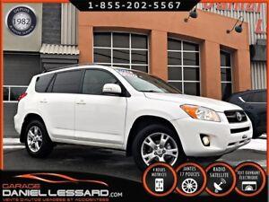 Toyota RAV4 4WD, TOIT OUVRANT, MAG 17 P, BRUME ET ++ 2011