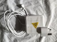 New Apple MagSafe Power Adaptir