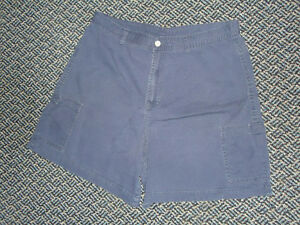 Ladies Size 15 Navy 100% Cotton Shorts