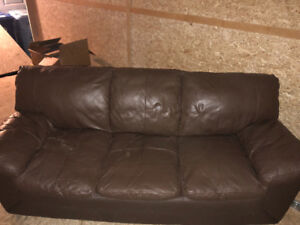 6' leather couch for sale