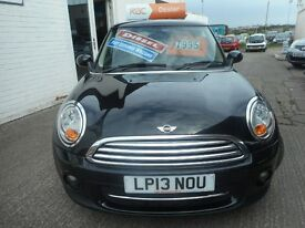 MINI Cooper COOPER D (midnight black) 2013
