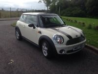 2007 Mini Cooper 1.6 in white. MOT Jan 2017 Excellent car.