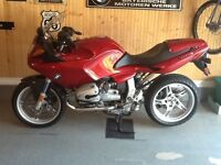Mint condition BMW R1100S