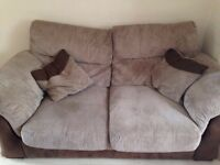 Twin sofa set (2-seater and 3-seater)