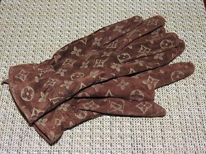 Women's brown driving gloves (size medium)
