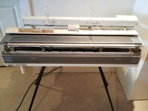 Brother KH-830 Knitting Machine with Ribber