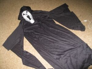 Halloween Howling Ghost costume (4 pieces)