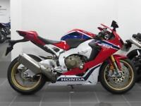 17 REG ONE PRIVATE OWNER CBR 1000 RR SP 1 FIREBLADE 2017 MODEL CARBON PROTECTION