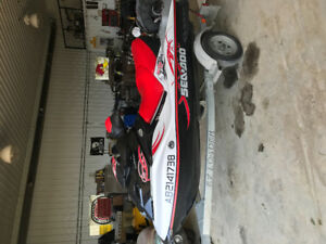 2009 seadoo wakepro215  only 64hrs
