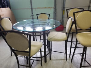 Breakfast area table, chairs and bar chairs/stools