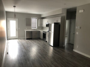 BRAND NEW WAVERLEY POINTE TOWNHOMES 2018 FOR RENT