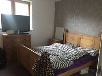 2 bed apartment in temple quay swap for 2 bed garden flat or house