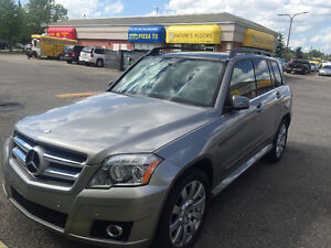 2010 Mercedes-Benz GLK-Class SUV, Crossover---Very Low Mileage
