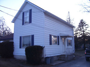 Duplex for Rent in Town (Aylmer)
