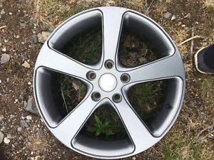"""Selling (4) 17"""" brand new jeep rims no tires"""