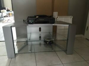 Tv Stand and vcr