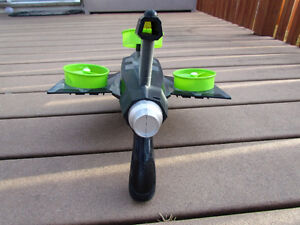 Cool dart gun incl. flying targets fully function great outdoors Strathcona County Edmonton Area image 4