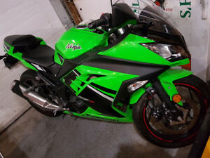 2014 Kawasaki ninja mint condition!
