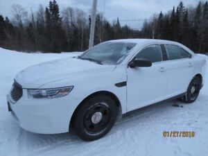 Ford Taurus (police pack)2015
