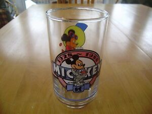 VINTAGE MICKEY MOUSE GLASS AND MUGS Windsor Region Ontario image 2
