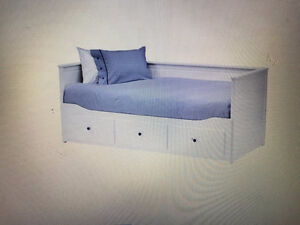 Hemnes Daybed frame with 3 drawers - white - Still in box