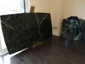 A beautiful beautiful GREEN Marble dining table - Excellent cond