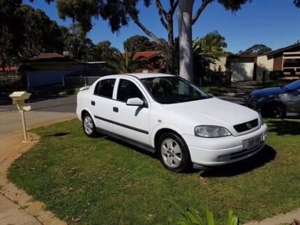 2003 Holden Astra TS CD Manual