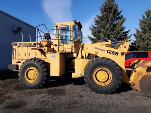 Michigan 125b loader