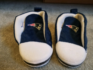 Infant Patriots high top slippers