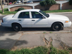 2010 Crown Victoria Very Low Kms