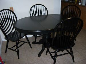 Black Pedestal Table with leaf and 4 chairs