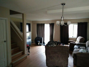 2 rooms for rent in revelstoke