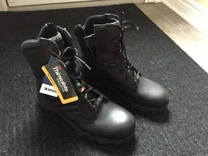"""Brand new """"Bates"""" safety boots"""