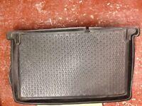 Corsa boot liner