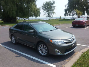 Camry hybride XLE  2013 Toyota