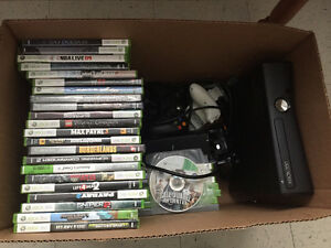 Xbox 360 - 56 Games - 4 Controllers