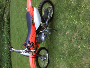 2004 crf 100 in excellent condition
