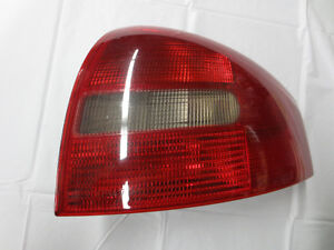 Audi Taillight Passenger Side / Right 4B5945096A 1998-2001 A6