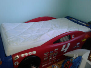 Kids Car bed frame