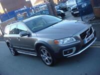 2011 11 PLATE Volvo XC70 2.4 D5 AWD ( 215bhp ) Geartronic 2012MY SE Lux in Grey
