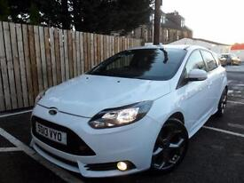 Ford Focus 2.0T ( 250ps ) 2013MY ST2- Full history & stunning conidtion