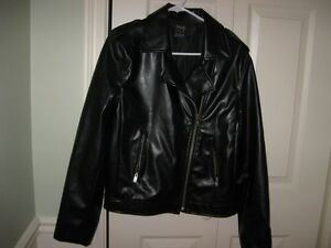 LADIES BOMBER-STYLE  BLACK FAUX LEATHER JACKET
