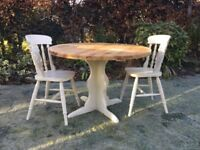 Circular Pine Table with 4 Fiddleback Chairs