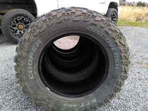 Set of 4 cooper discoverer sst pro tires