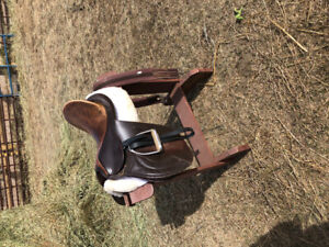 Cliff Barnsby Jumping Saddle