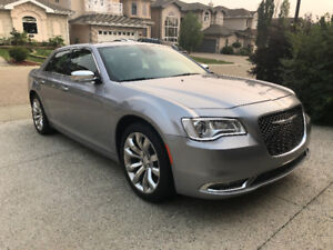 Chrysler 300C 2016 Silver V6 Clean Record
