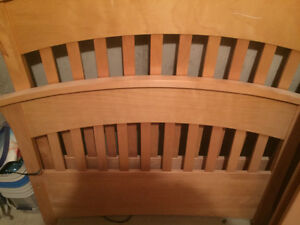 Toddler bed- solid maple