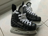 Kids Hockey Skates Size Y11R Excellent Condition