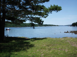 LaHave River Oceanview 2 Bedroom Cottage near Bridgewater