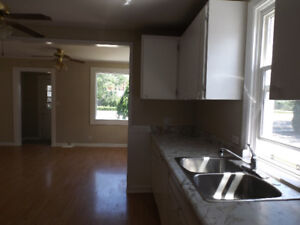 2 BEDROOM HOME AVAILABLE FOR RENT IN STONEY POINT